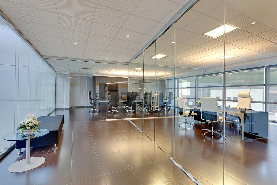 Light parete divisoria per l 39 ufficio xall nuova - Parete divisoria in vetro ...